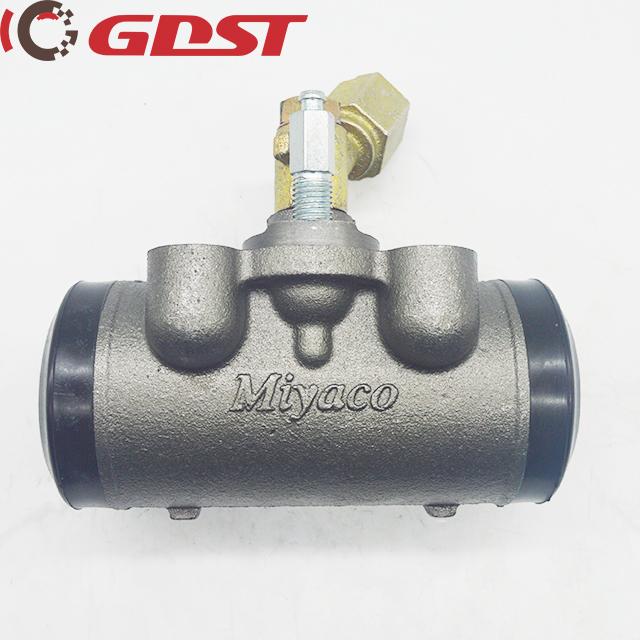 brake wheel cylinder ISUZU 1 47600 697 0 6