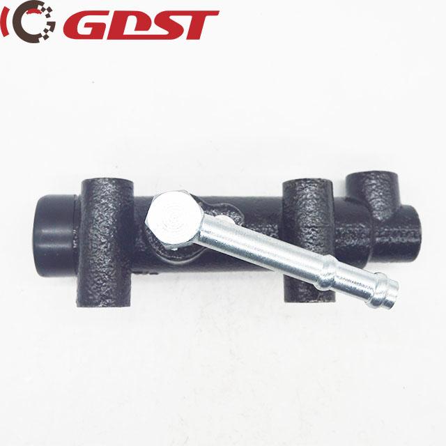clutch master cylinder ISUZU 1 47500 232 1 1