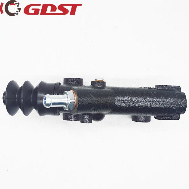 clutch master cylinder MITSUBISHI ME656514ME660596 1